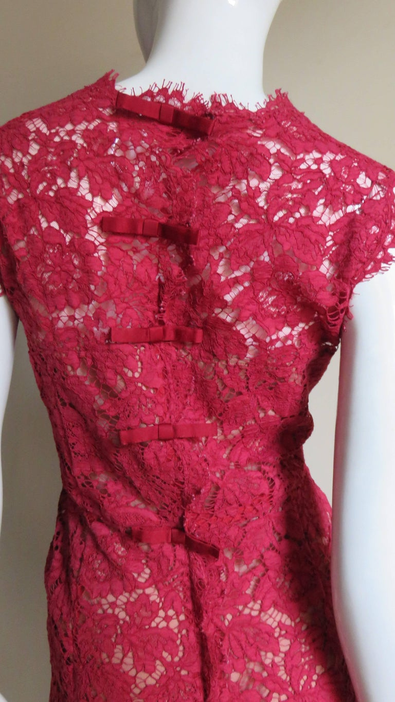 Valentino Red Lace Dress For Sale 5
