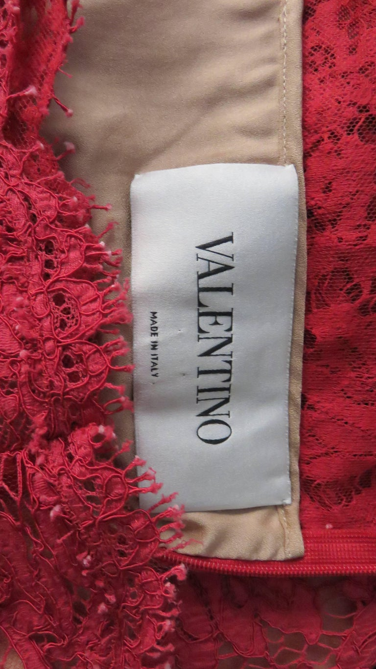 Valentino Red Lace Dress For Sale 7
