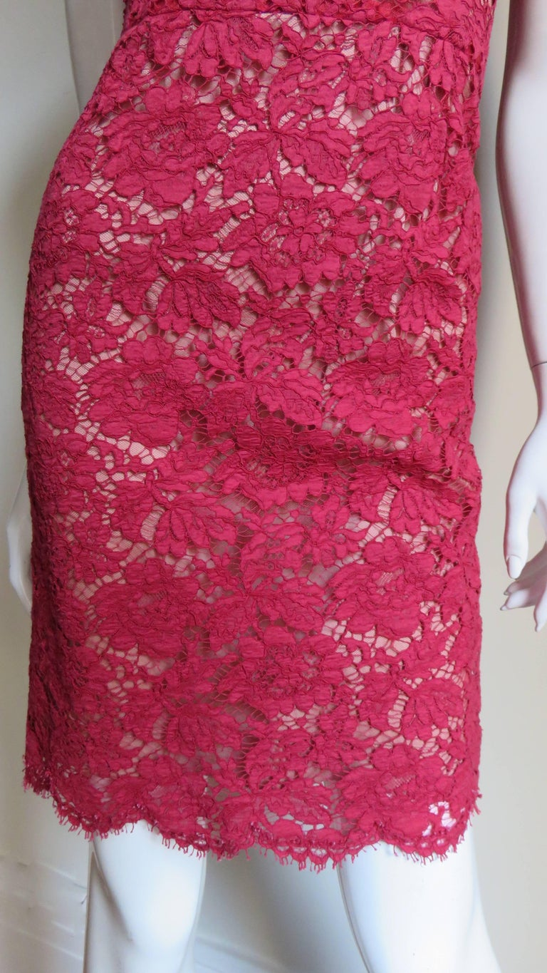 Women's Valentino Red Lace Dress For Sale