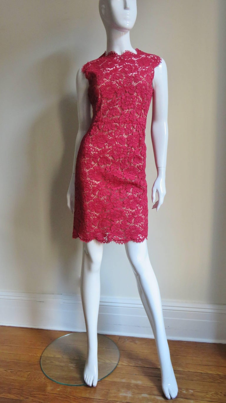 Valentino Red Lace Dress For Sale 2