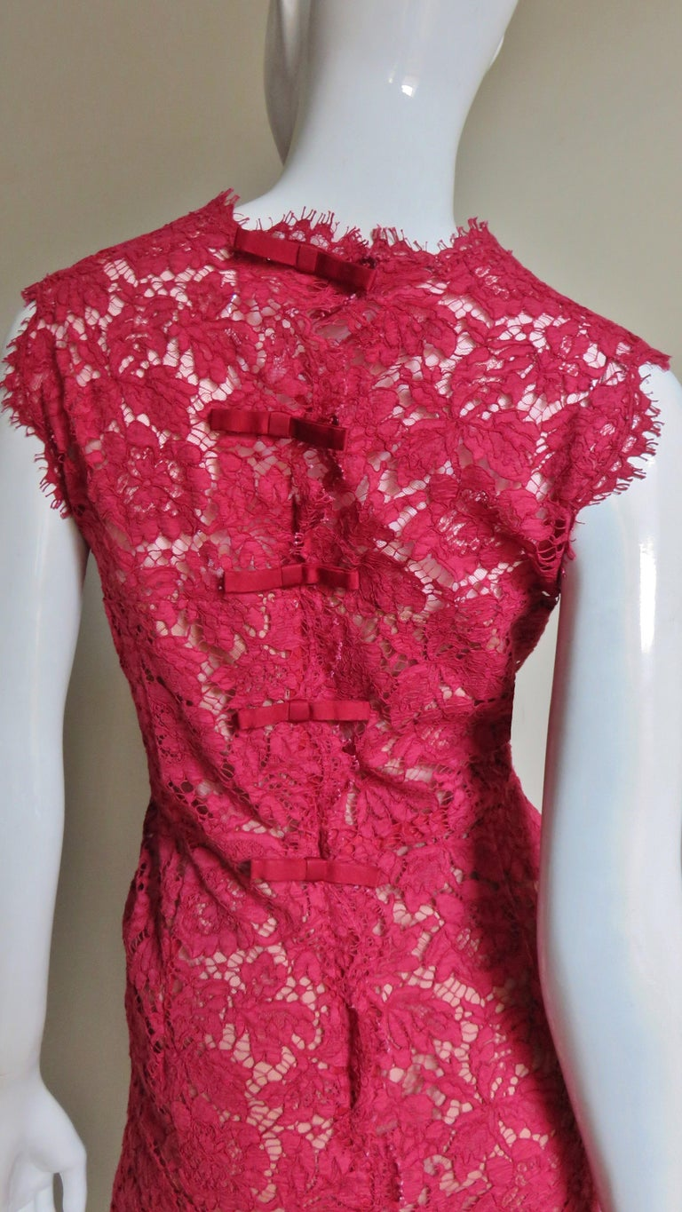 Valentino Red Lace Dress For Sale 4