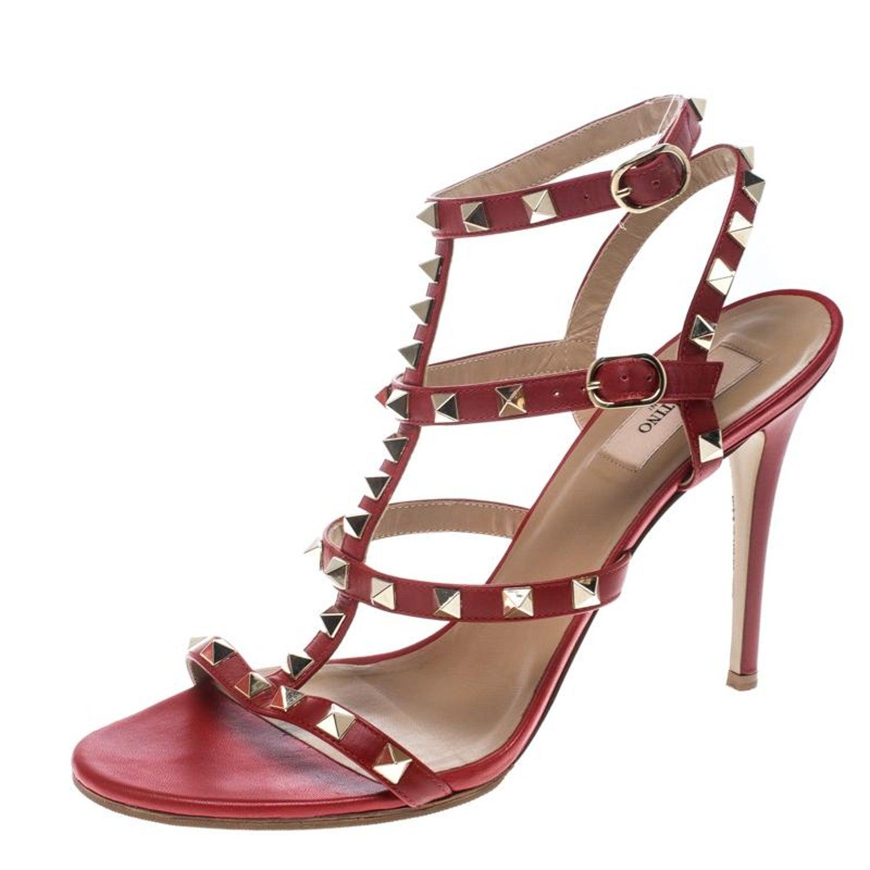 0ac92d4dec29 Valentino rote Leder Rockstud Sandalen mit Knöchelriemen Größe 40 im  Angebot bei 1stdibs
