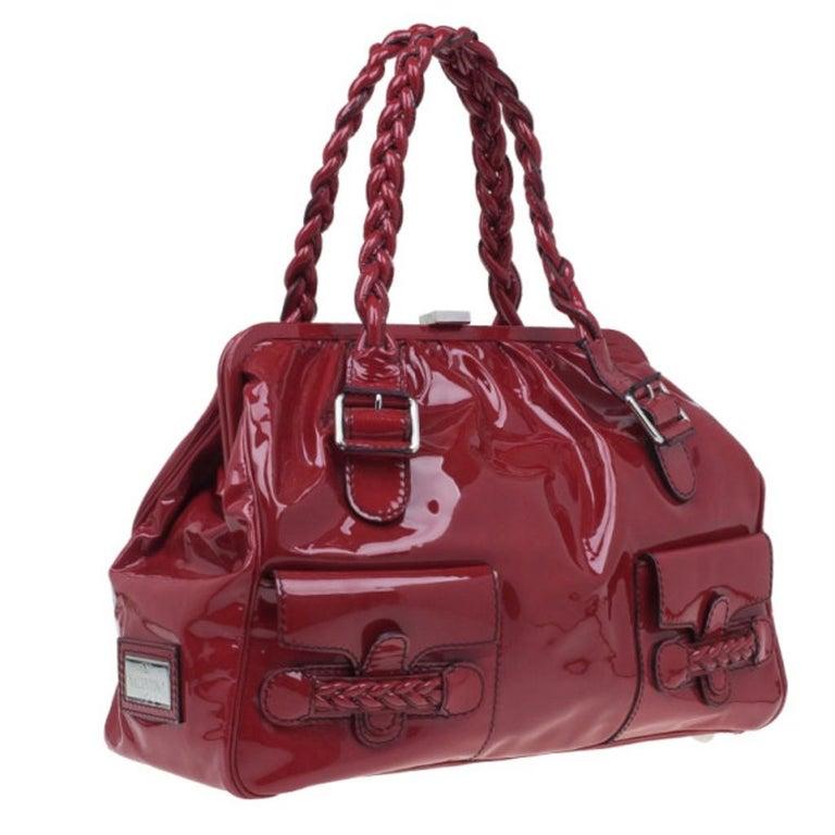 Valentino Red Patent Histoire Framed Bag In Excellent Condition For Sale In Dubai, Al Qouz 2