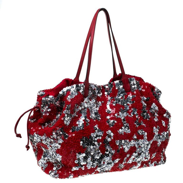 Valentino Red/Silver Sequins Embellished Fabric and Leather Tote In Excellent Condition In Dubai, Al Qouz 2