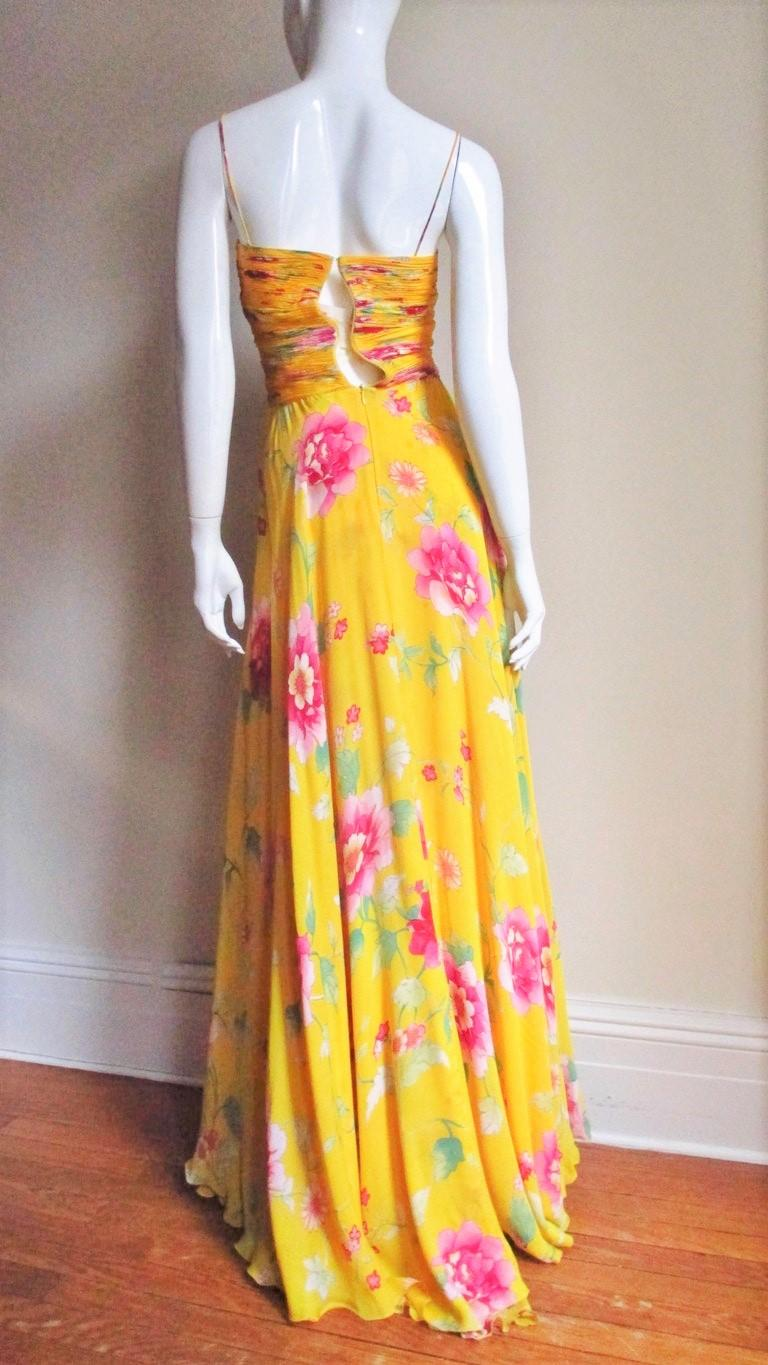 Valentino Ruched Silk Flower Gown For Sale 5