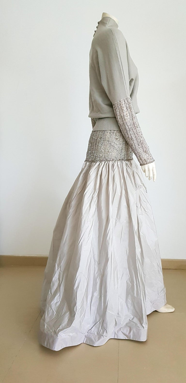 Gray VALENTINO Top Sweater Skirt Swarovsky Embroidery Beads Cashmere Silk Dress - New For Sale