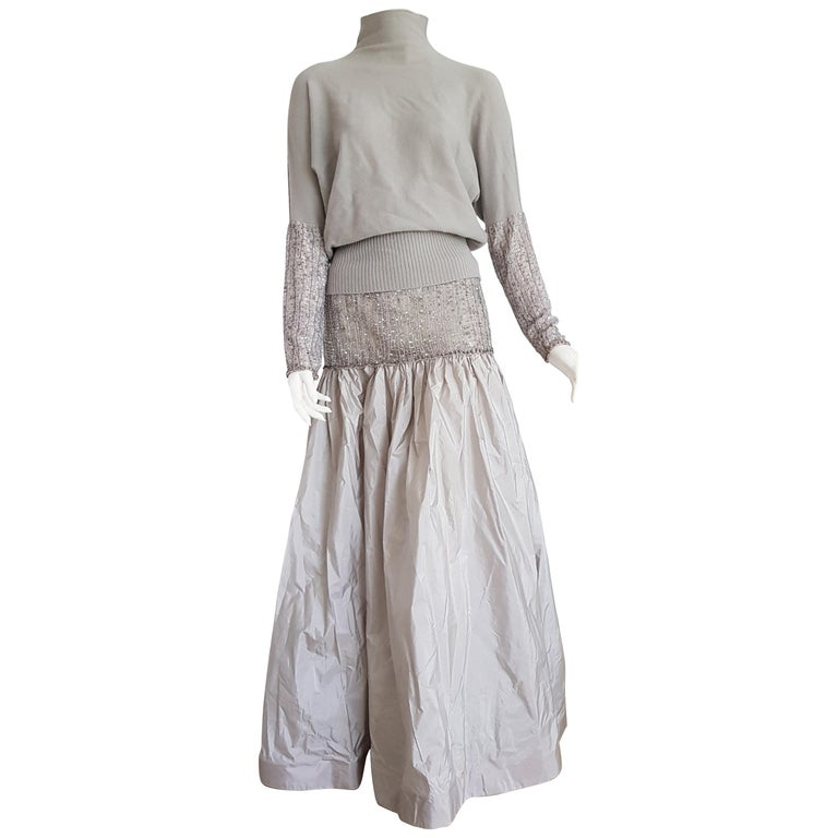 VALENTINO Top Sweater Skirt Swarovsky Embroidery Beads Cashmere Silk Dress - New For Sale