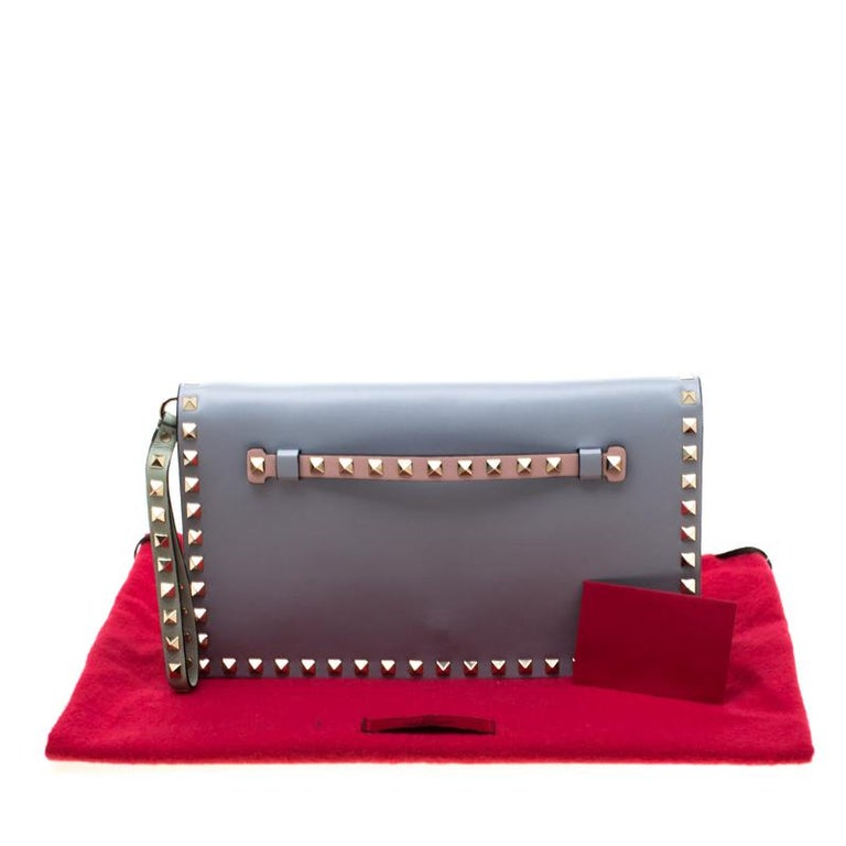Valentino Tricolor Leather Rockstud Wristlet Clutch For Sale 7