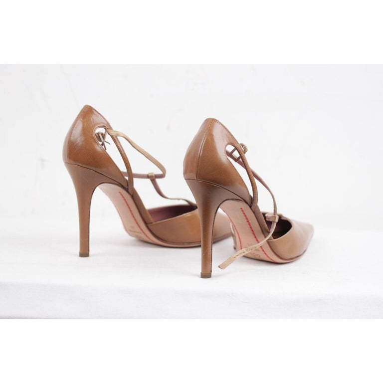 Valentino Valentino Garavani Vintage Tan Leather Salome Pumps Heels 38 In Excellent Condition For Sale In Rome, Rome