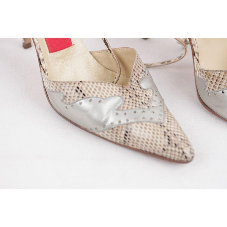Valentino Vintage Beige Snakeskin Leather Pumps Heels 37.5 For Sale 4
