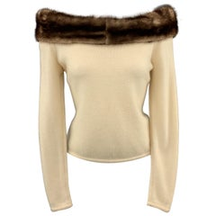 VALENTINO Vintage Size M Cream Cashmere Off The Shoulder Fur Trim Pullover