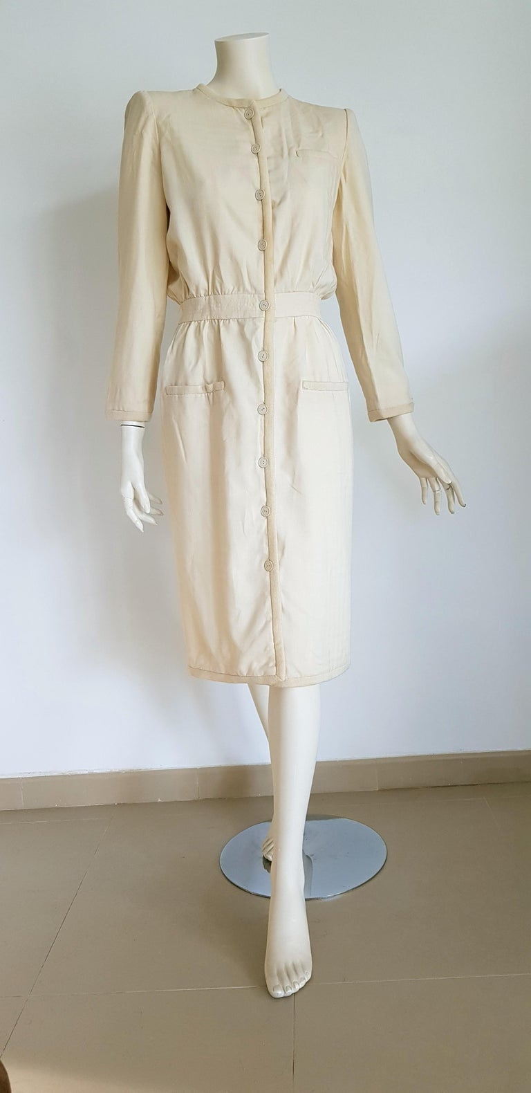 VALENTINO white cream silk and wool dress silk lined with buttons - Unworn  SIZE: equivalent to about Small / Medium, please review approx measurements as follows in cm: lenght 110, chest underarm to underarm 50, bust circumference 92, shoulder from