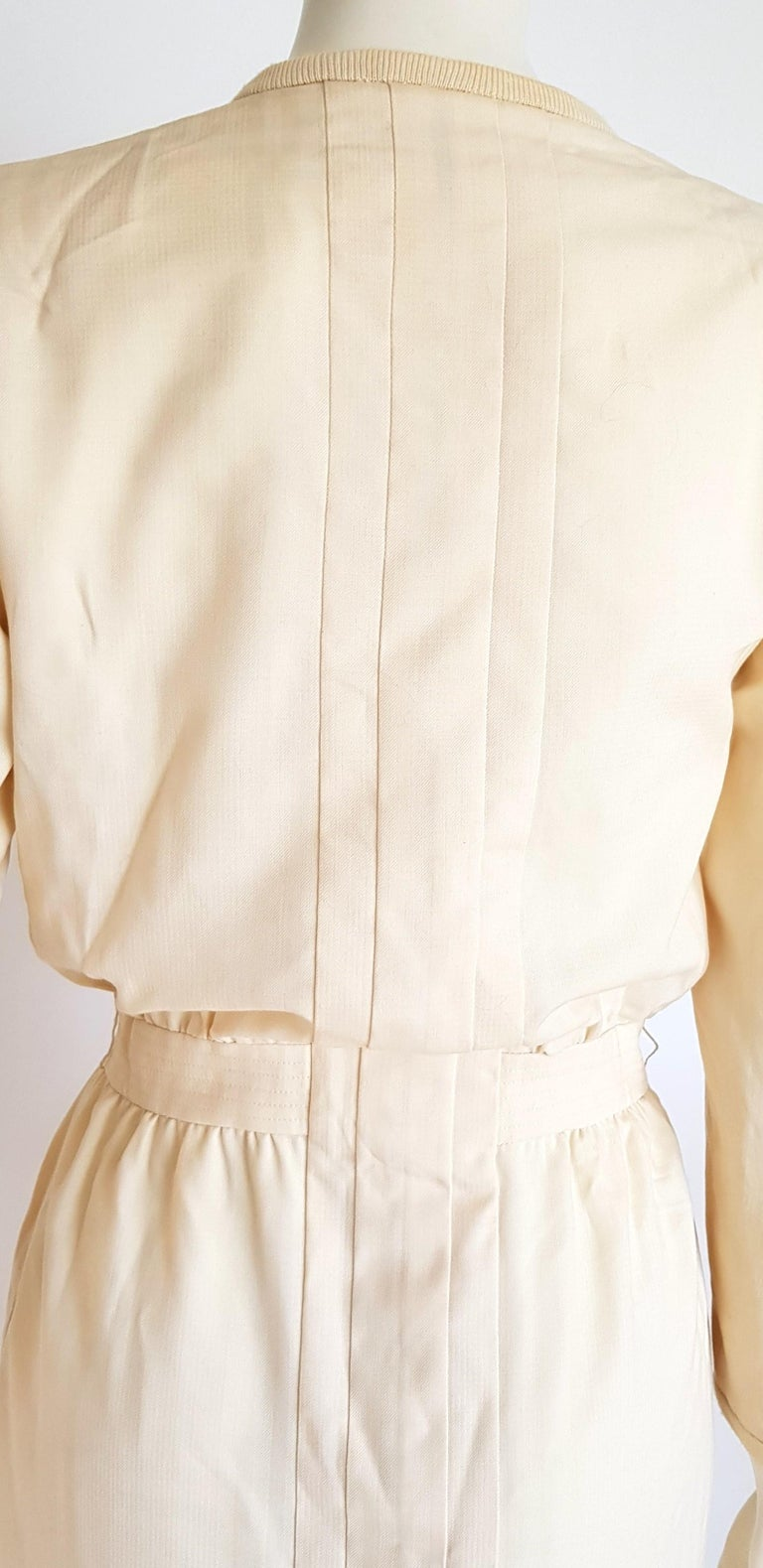 VALENTINO white cream silk and wool silk lined buttons dress - Unworn For Sale 1