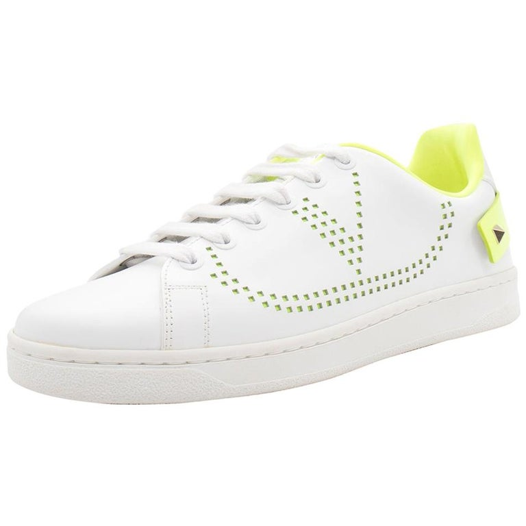 Valentino White/Florescent Green V-Logo Leather Sneakers Size 38.5 For Sale