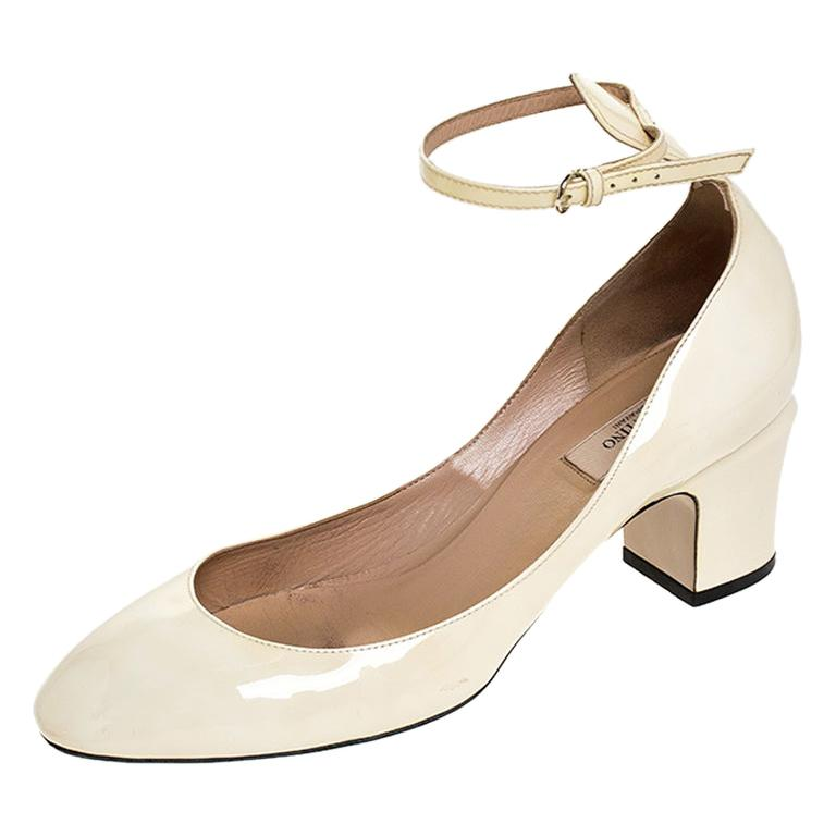 Valentino White Patent Leather Tango Ankle Strap Pumps Size 39.5 For Sale