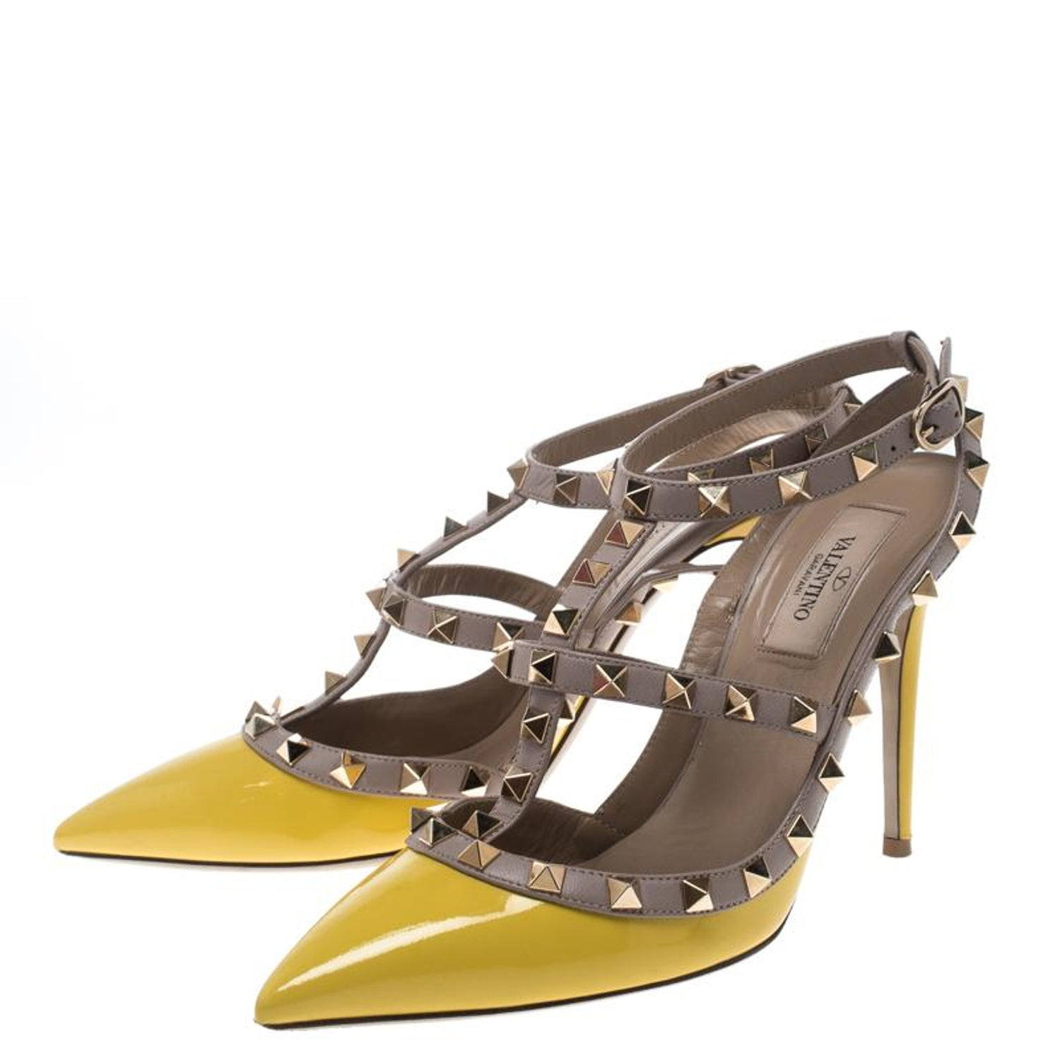 9aba1fae3cf2 Valentino Yellow and Beige Leather Rockstud Sandals Size 38 For Sale at  1stdibs