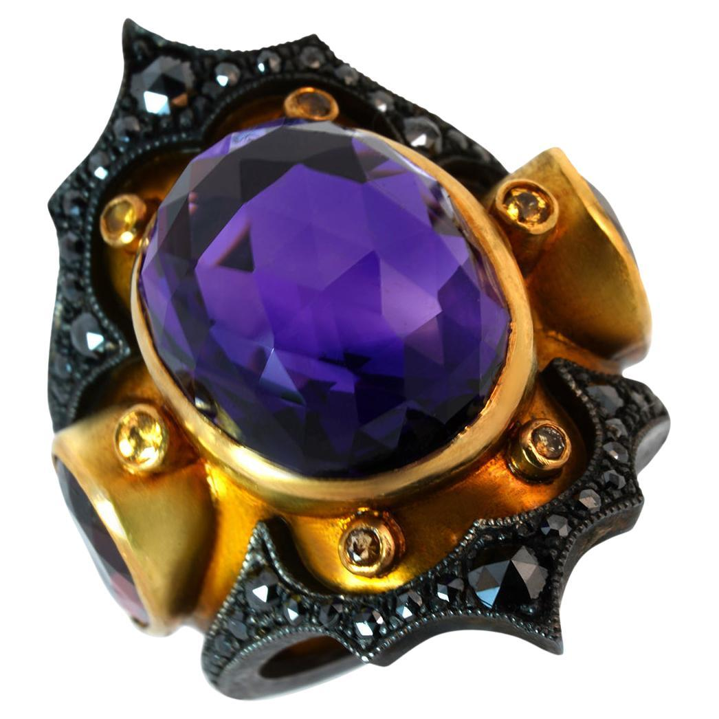 Valiant Dynasty Ring in 18 Karat Yellow Gold Amethyst, Garnet and Black Diamonds