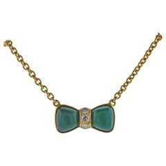 Vam Cleef & Arpels Chrysoprase Diamond 18 Karat Gold Bow Necklace