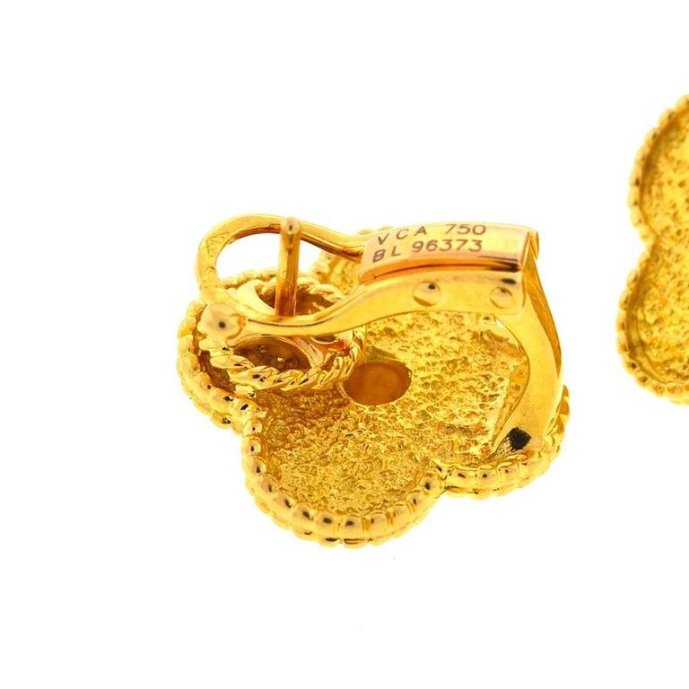 Van Cleef & Arpels 18 Karat Gold Vintage Alhambra Stud Earrings For Sale 2
