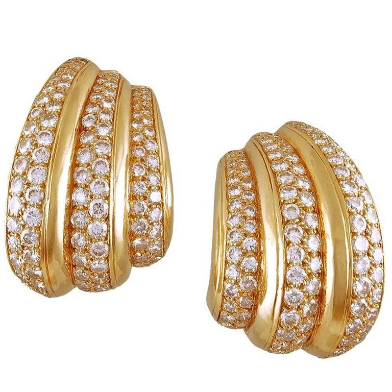 Van Cleef & Arpels Diamond Ear Gold Earrings For Sale