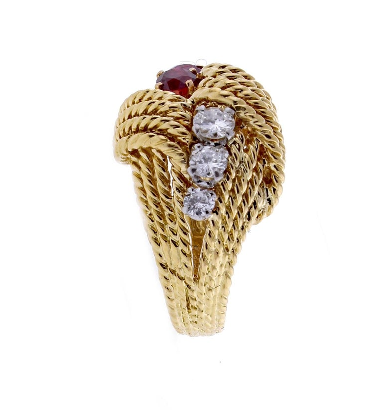 Van Cleef & Arpels Diamond Ruby Cocktail Gold Ring In Excellent Condition For Sale In Bethesda, MD