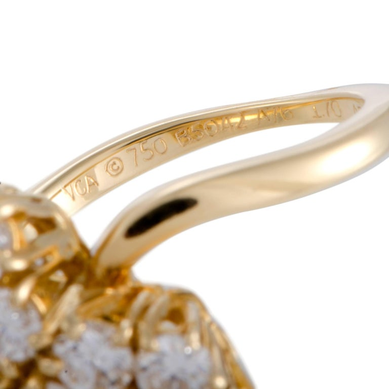 Van Cleef & Arpels Fleurette Diamond Flower Yellow Gold Ring For Sale 1