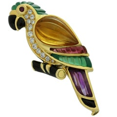 Van Cleef & Arpels Gemstone Diamond Yellow Gold Parrot Pin Brooch