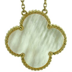 VAN CLEEF & ARPELS Magic Alhambra Mother-of-Pearl Yellow Gold Pendant Necklace