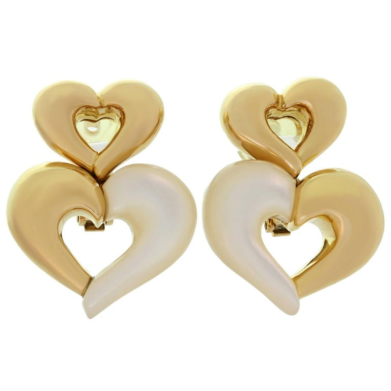 Van Cleef & Arpels Mother-of-Pearl Yellow Gold Heart Clip-On Earrings