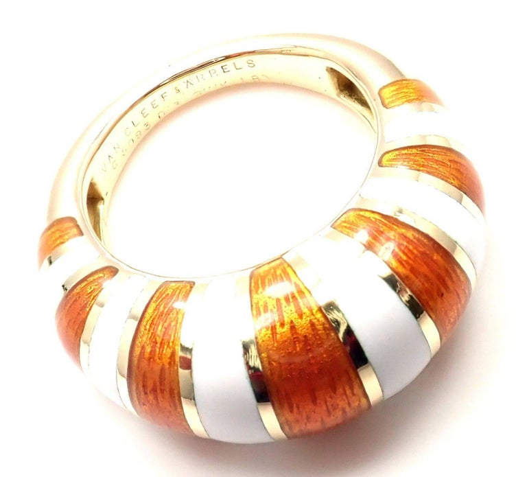 Van Cleef & Arpels Vintage Enamel Yellow Gold Band Ring For Sale 3