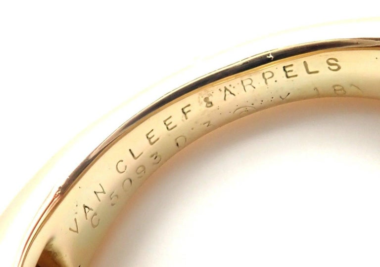 Van Cleef & Arpels Vintage Enamel Yellow Gold Band Ring For Sale 4