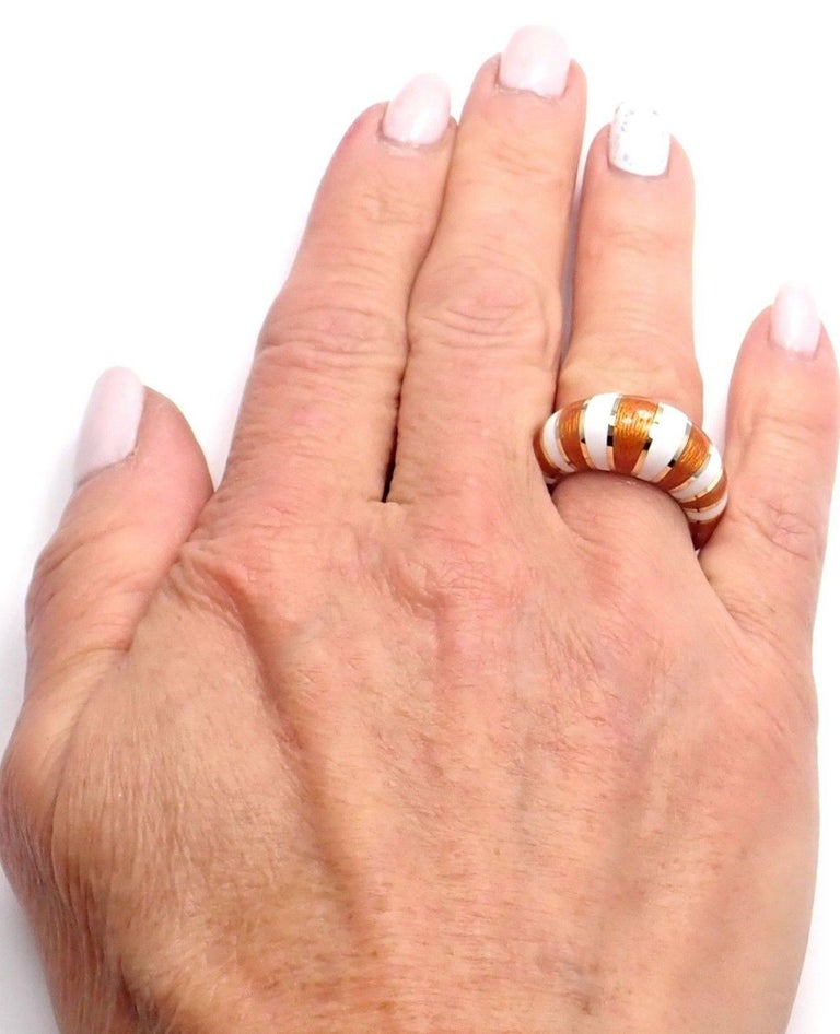 Van Cleef & Arpels Vintage Enamel Yellow Gold Band Ring For Sale 5