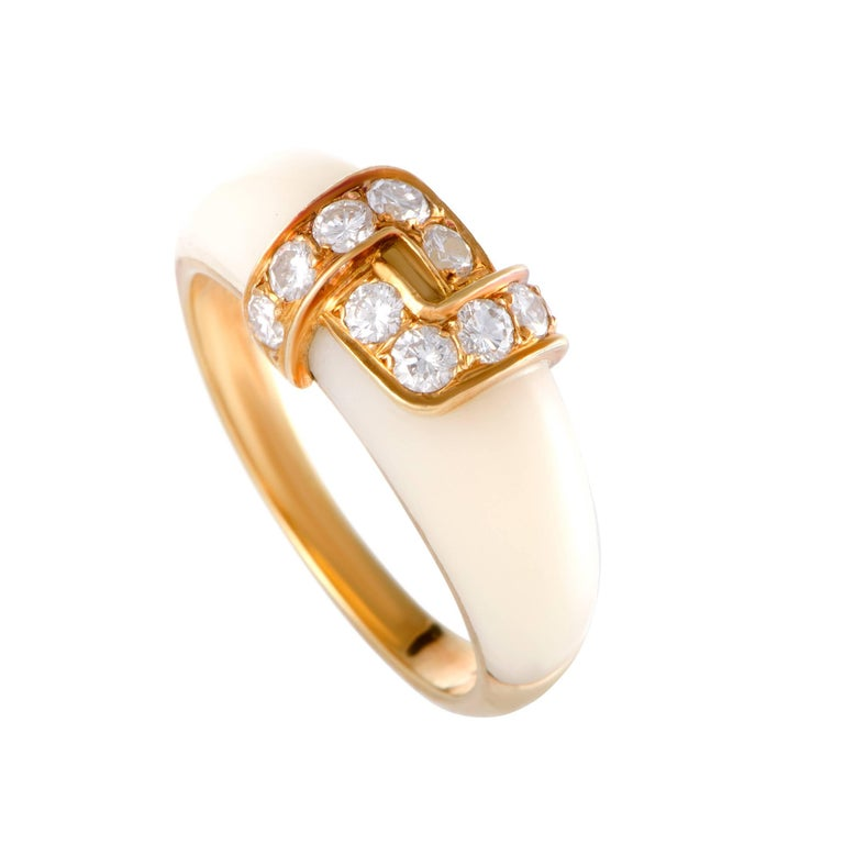 Van Cleef & Arpels White Coral Diamond Gold Band Ring