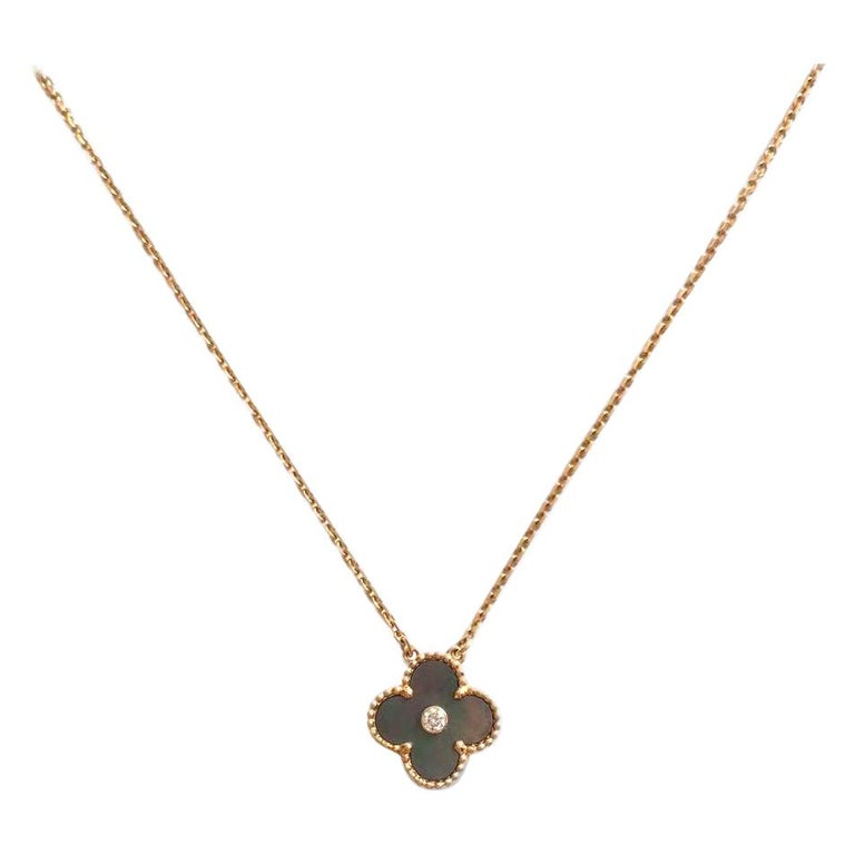 Van Cleef Alhambra 2014 Holiday Diamond Pendant Necklace Grey Mother of Pearl For Sale