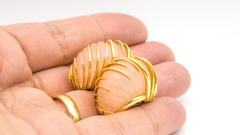 Rose Cut Van Cleef & Arpels Carved Rose Quartz Earrings in 18 Karat Yellow Gold For Sale