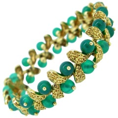 Van Cleef and Arpels Chrysoprase Yellow Gold Bangle Bracelet