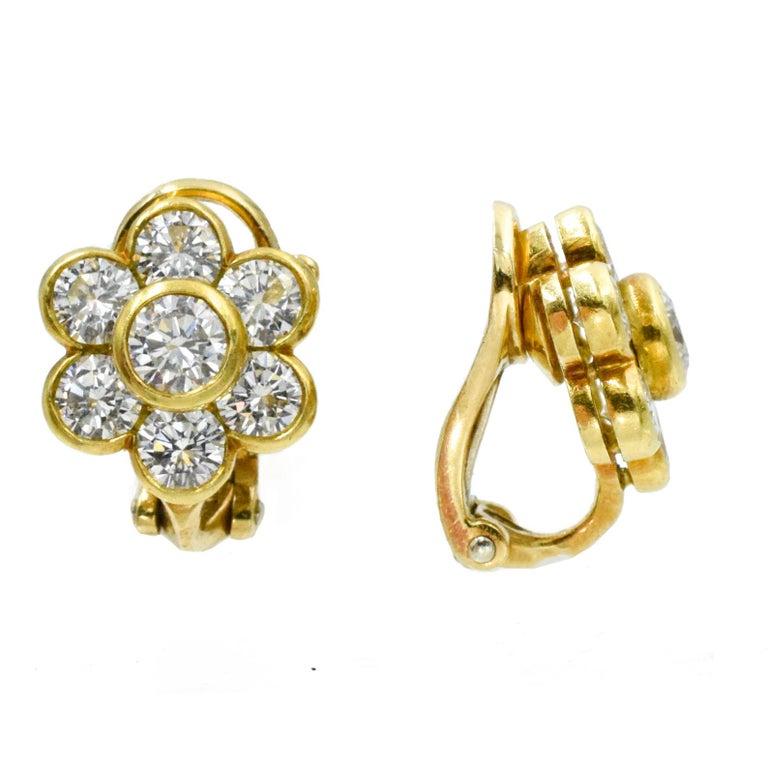 Round Cut Van Cleef & Arpels Diamond Cluster Earrings