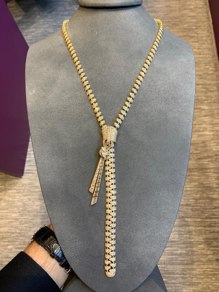 Van Cleef and Arpels Pave Diamond Zipper Drop Necklace   Made in 2012. With VCA certificate of authenticity and large fitted box