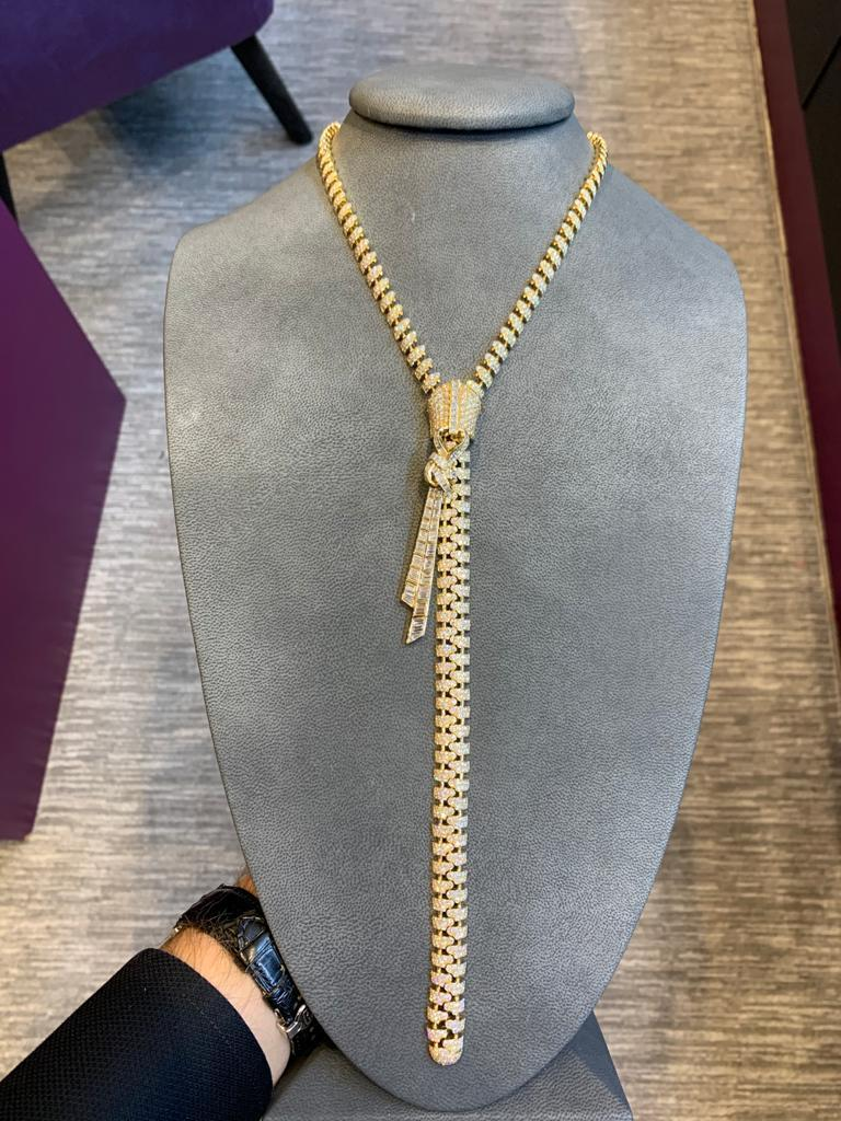 Round Cut Van Cleef & Arpels Diamond Zipper Drop Necklace For Sale
