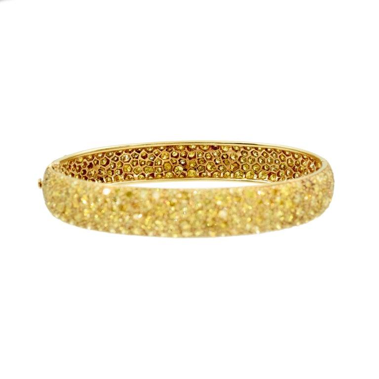 Brilliant Cut Van Cleef & Arpels Natural Fancy Yellow Diamond Bangle Bracelet, French For Sale