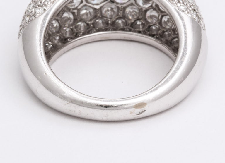 Van Cleef & Arpels Platinum Dome Ring with Diamonds For Sale 3