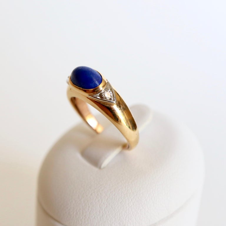 Women's Van Cleef & Arpels Ring Yellow Gold and White Gold 18 Karat Lapis Lazuli For Sale
