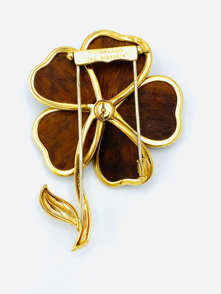 Women's Van Cleef and Arpels Clematis Yellow Gold, Wood and Diamond Flower Clip Brooch  For Sale