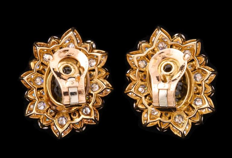 Women's or Men's Van Cleef & Arpels Yellow Sapphire and Diamond Earrings For Sale