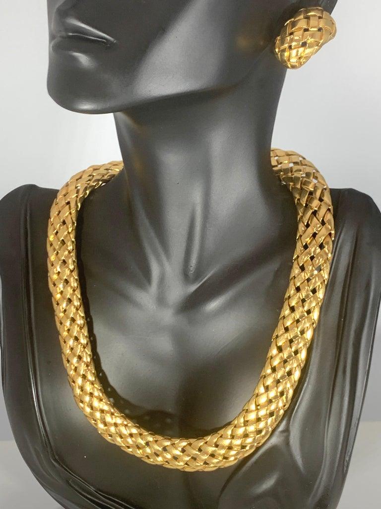 Van Cleef & Arpels Necklace and Earrings Bridal Suite 128 Grams 18k Gold, Estate For Sale 7