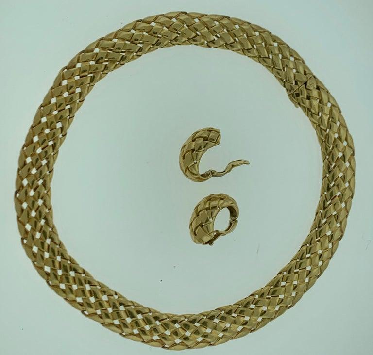 Van Cleef & Arpels Necklace and Earrings Bridal Suite 128 Grams 18k Gold, Estate For Sale 8