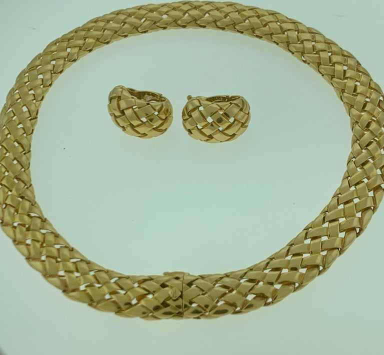 Van Cleef & Arpels Necklace and Earrings Bridal Suite 128 Grams 18k Gold, Estate For Sale 12