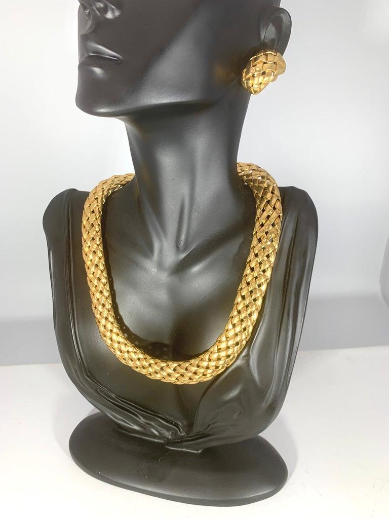 Van Cleef & Arpels Necklace and Earrings Bridal Suite 128 Grams 18k Gold, Estate For Sale 13