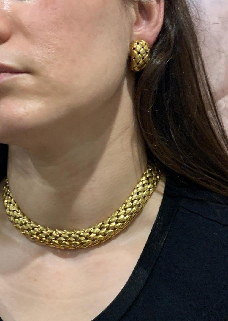 Van Cleef & Arpels Necklace and Earrings Bridal Suite 128 Grams 18k Gold, Estate For Sale 14