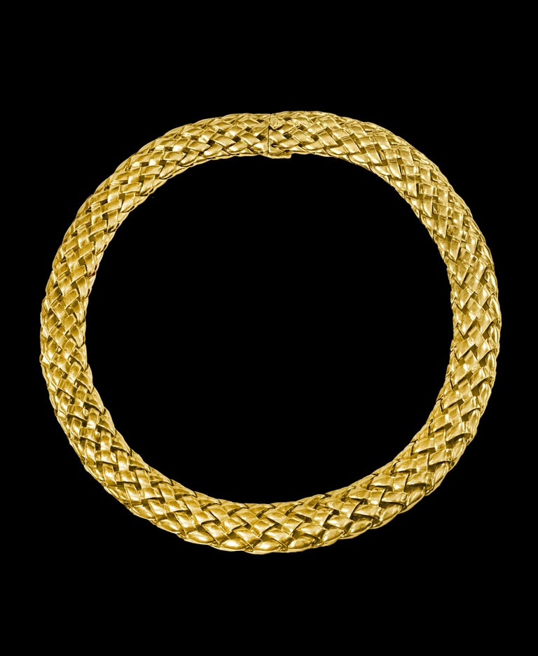 Women's Van Cleef & Arpels Necklace and Earrings Bridal Suite 128 Grams 18k Gold, Estate For Sale